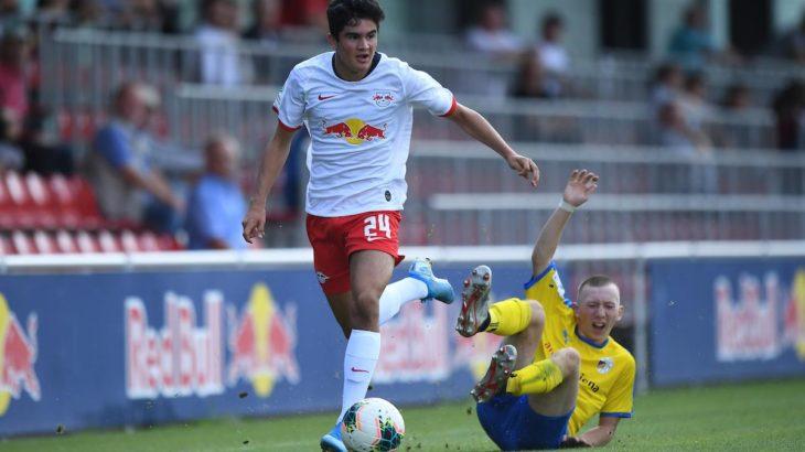RBライプツィヒ、来季からユース所属の17歳をトップチームの練習に参加させる方針