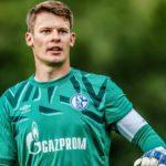 シャルケがニューベルに大型契約延長オファーか バイエルン、RBライプツィヒが狙う若手GK